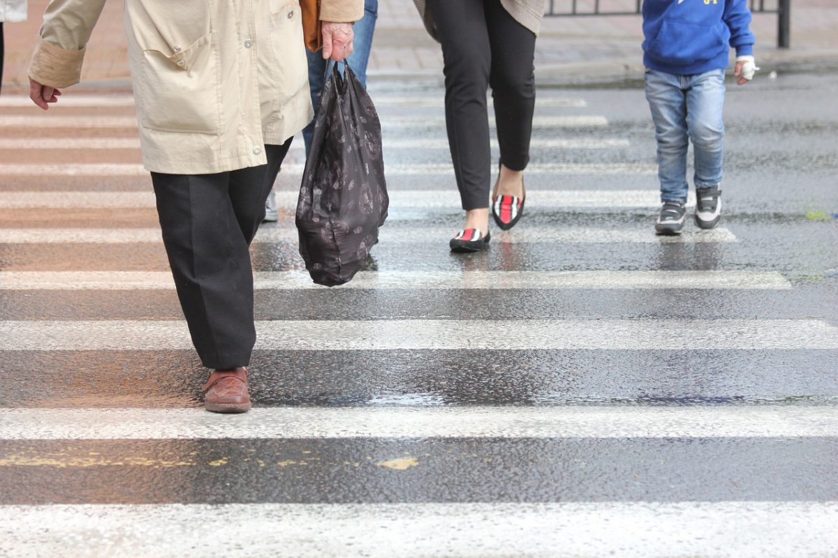 Zebra terv: 2205 autóvezető és 1176 gyalogos miatt történt rendőri intézkedés