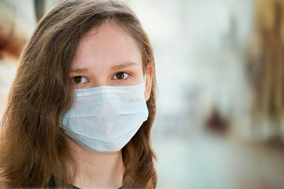 Olaszországban sebészmaszkot kell viselniük a diákoknak az iskolákban