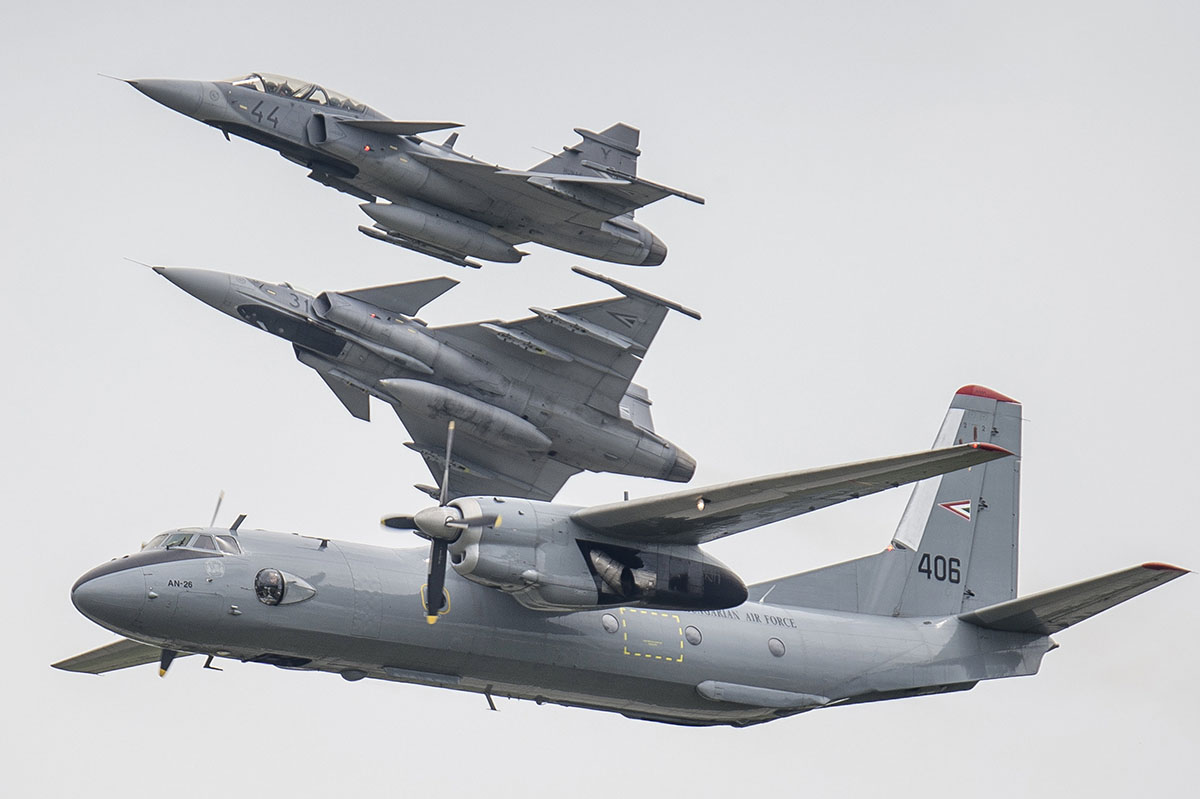 Nyugdíjazza AN-26-os szállítógépeit a honvédség