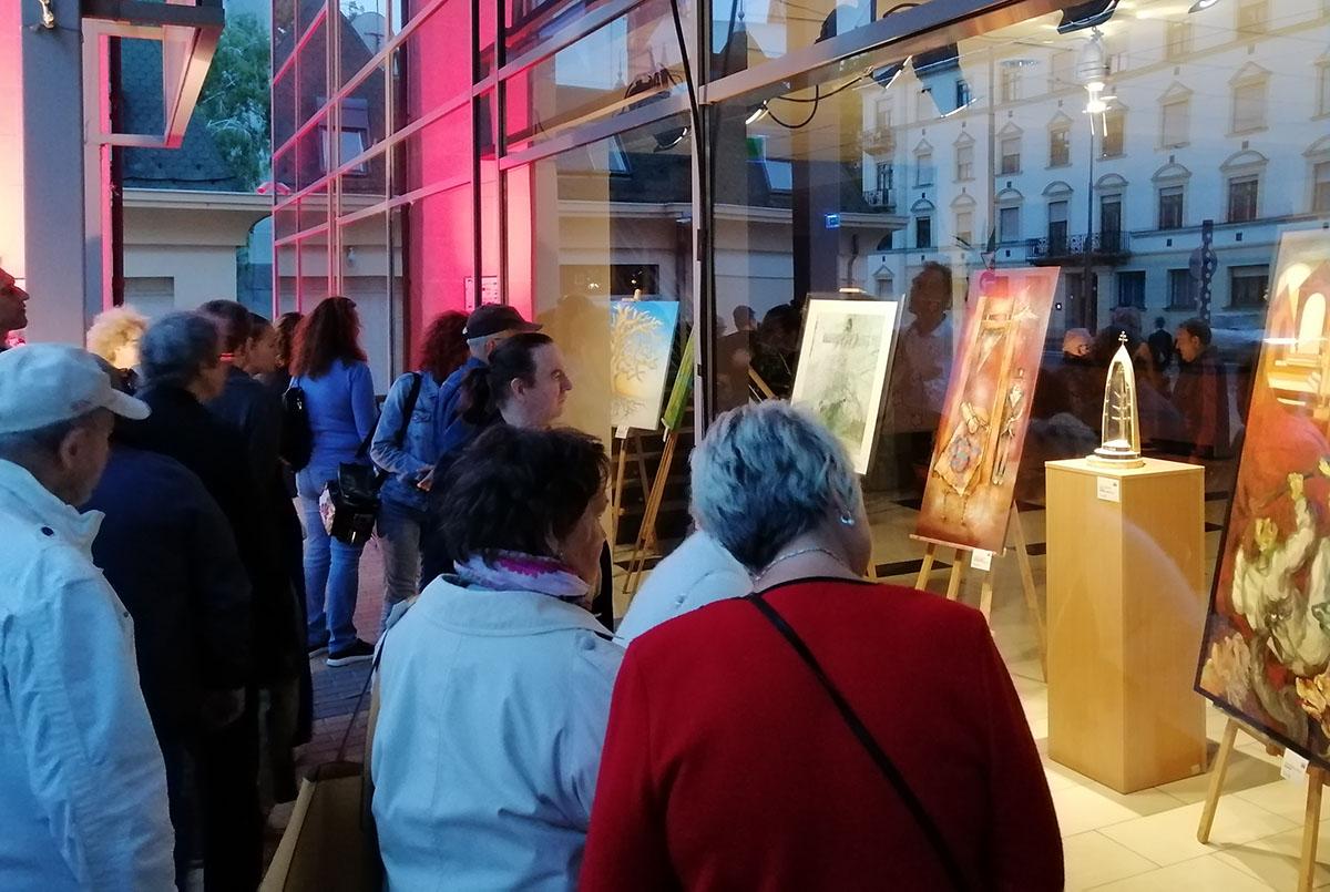 Trianon 100 – Rendhagyó kiállítás nyílt a Csabagyöngye Kulturális Központban