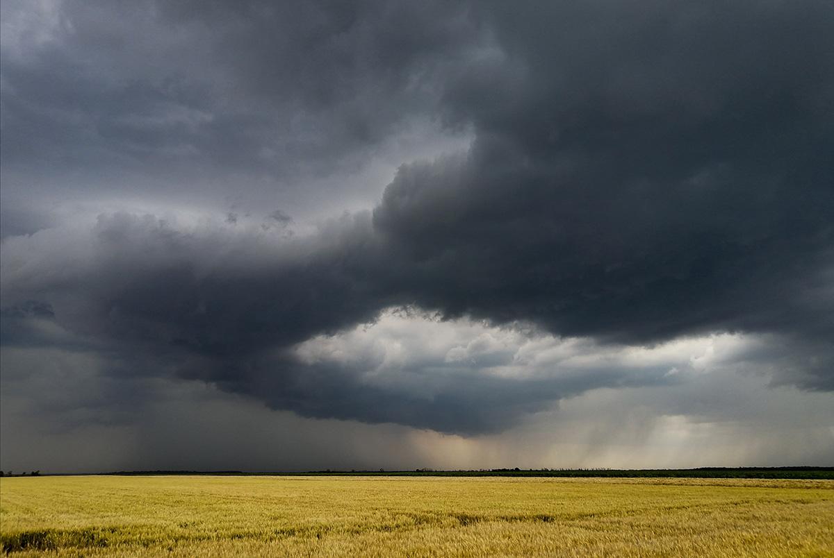 Borongós, esős vasárnapunk lesz