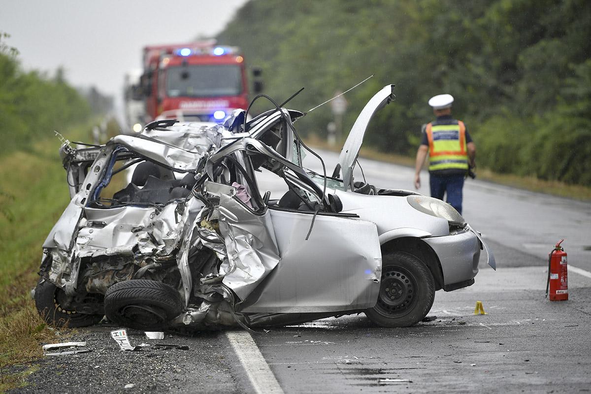 Halálos közlekedési baleset törtánt Berettyóújfalu és Földes között