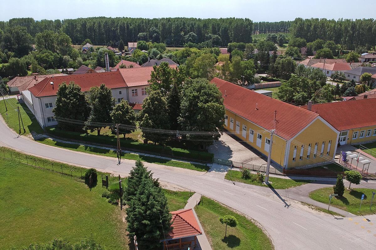 250 milliárd forint jut a Magyar falu programra jövőre