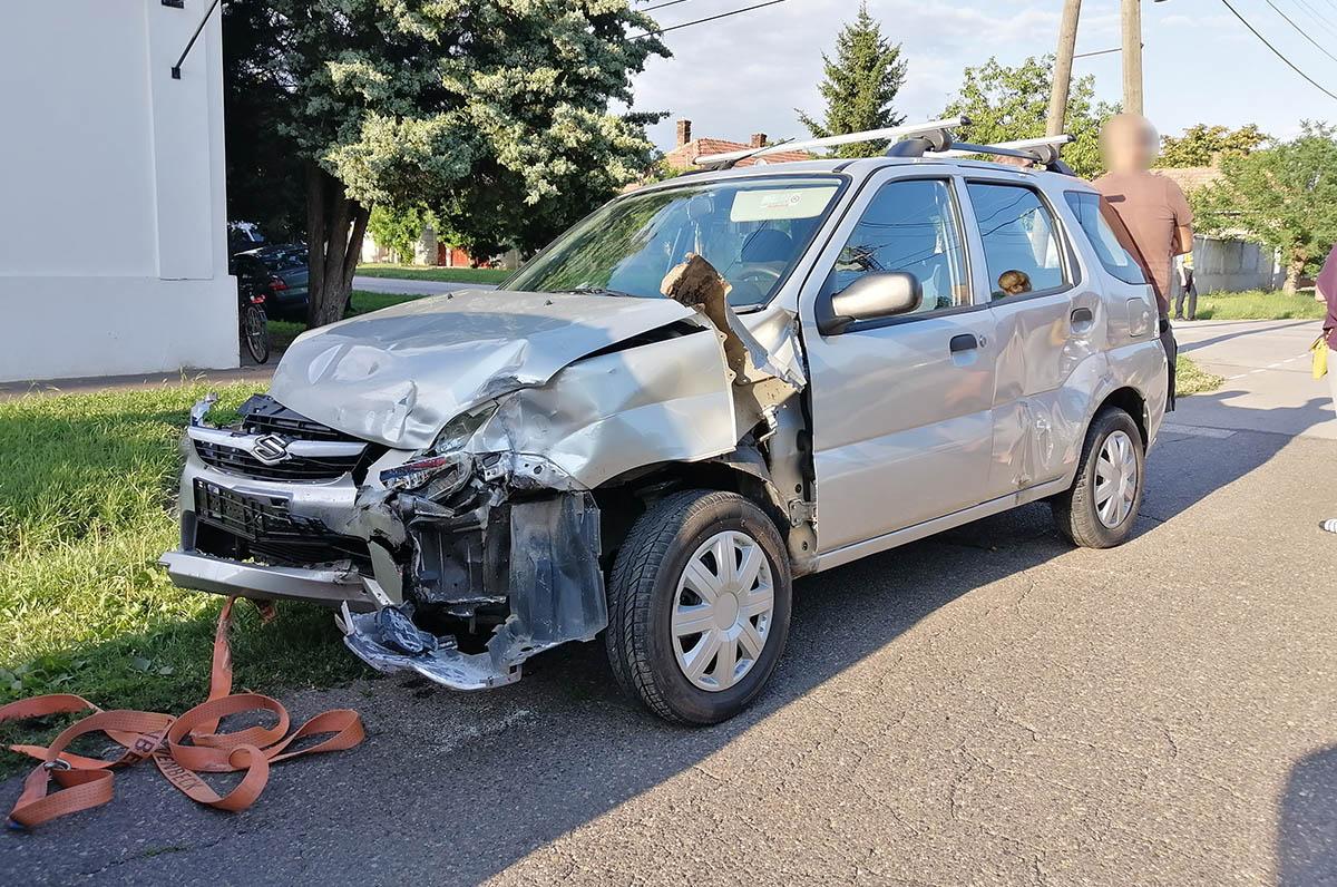 Két autó ütközött Mezőberényben