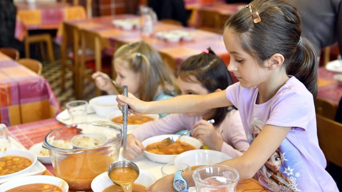 Gyermekétkeztetés: Másfél milliárd forintból újulhatnak meg konyhák