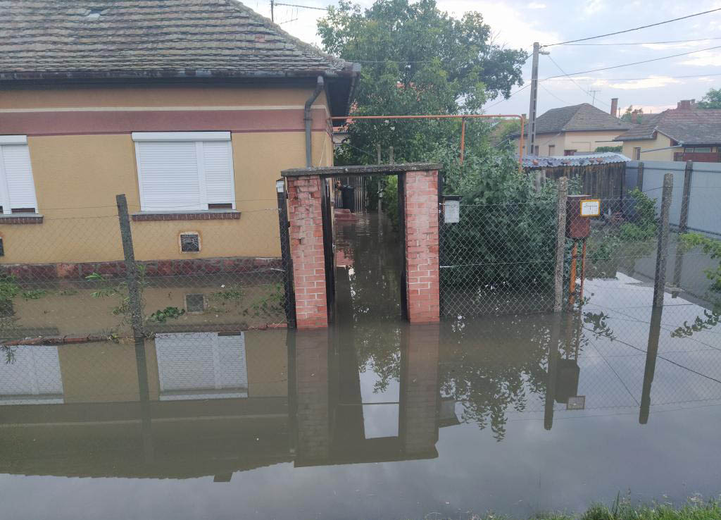 Három megyében is komoly pusztítást okozott a vihar