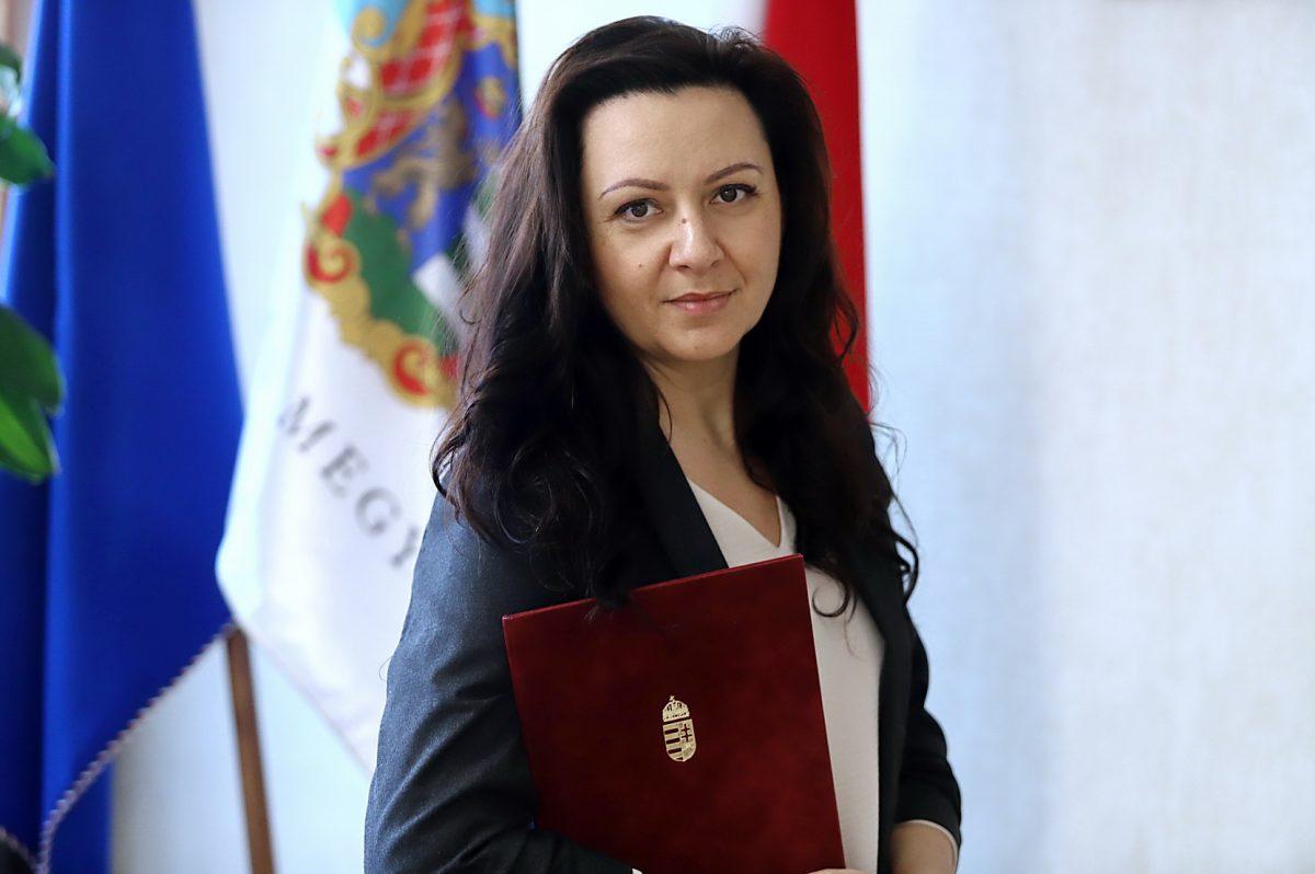 Miniszteri elismerést kapott dr. Krizsán Anett, a Békés Megyei Kormányhivatal igazgatója