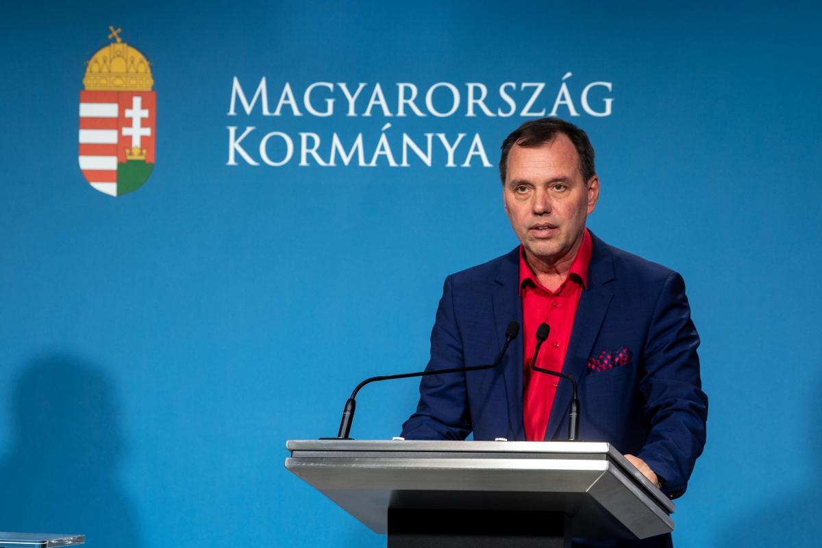 Szlávik: amíg nincs vakcina, csak az eddigi módon lehet védekezni