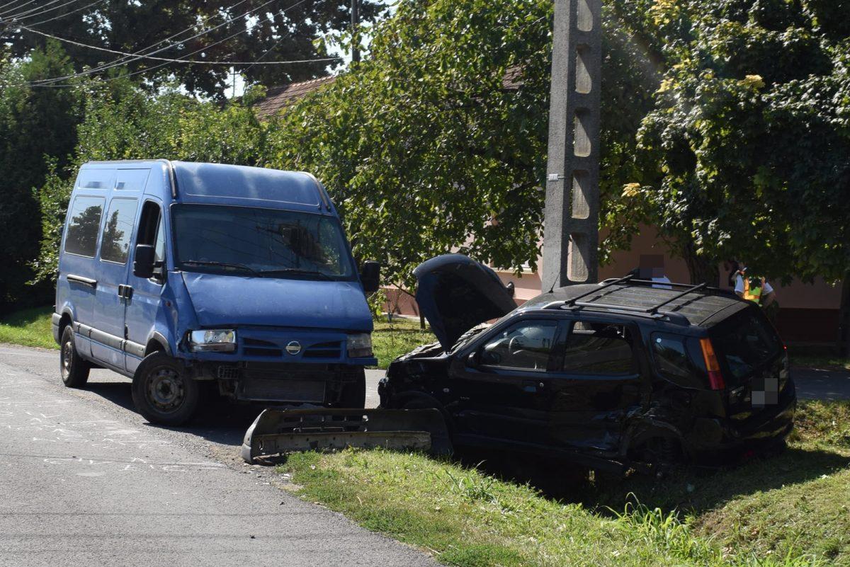 Három személyi sérüléses balesetnél helyszíneltek a megye rendőrei
