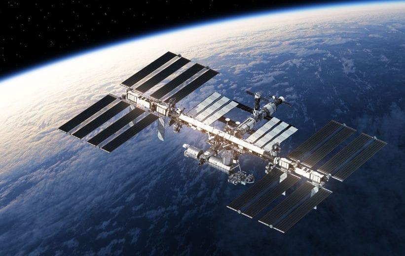 Űrszeméttel való ütközés elkerüléséért manőverezett az ISS