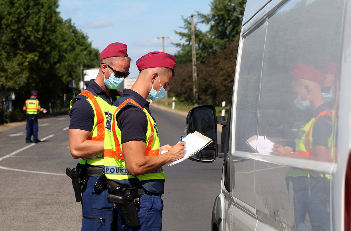 5514 esetben intézkedtek biztonsági öv használatának elmulasztása miatt a rendőrök
