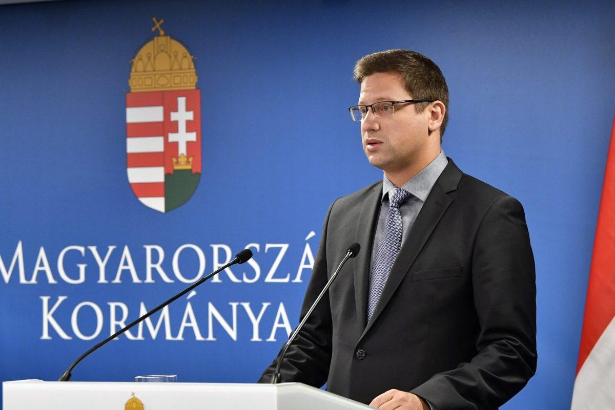 Gulyás: 10 ezer milliárd forint áll rendelkezésre a védekezésre