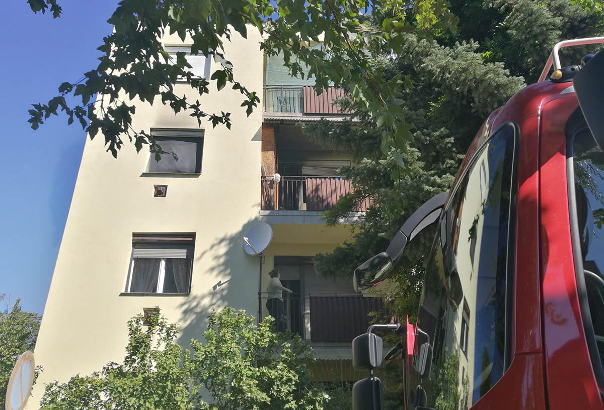 Tűz ütött ki egy békéscsabai lakásban