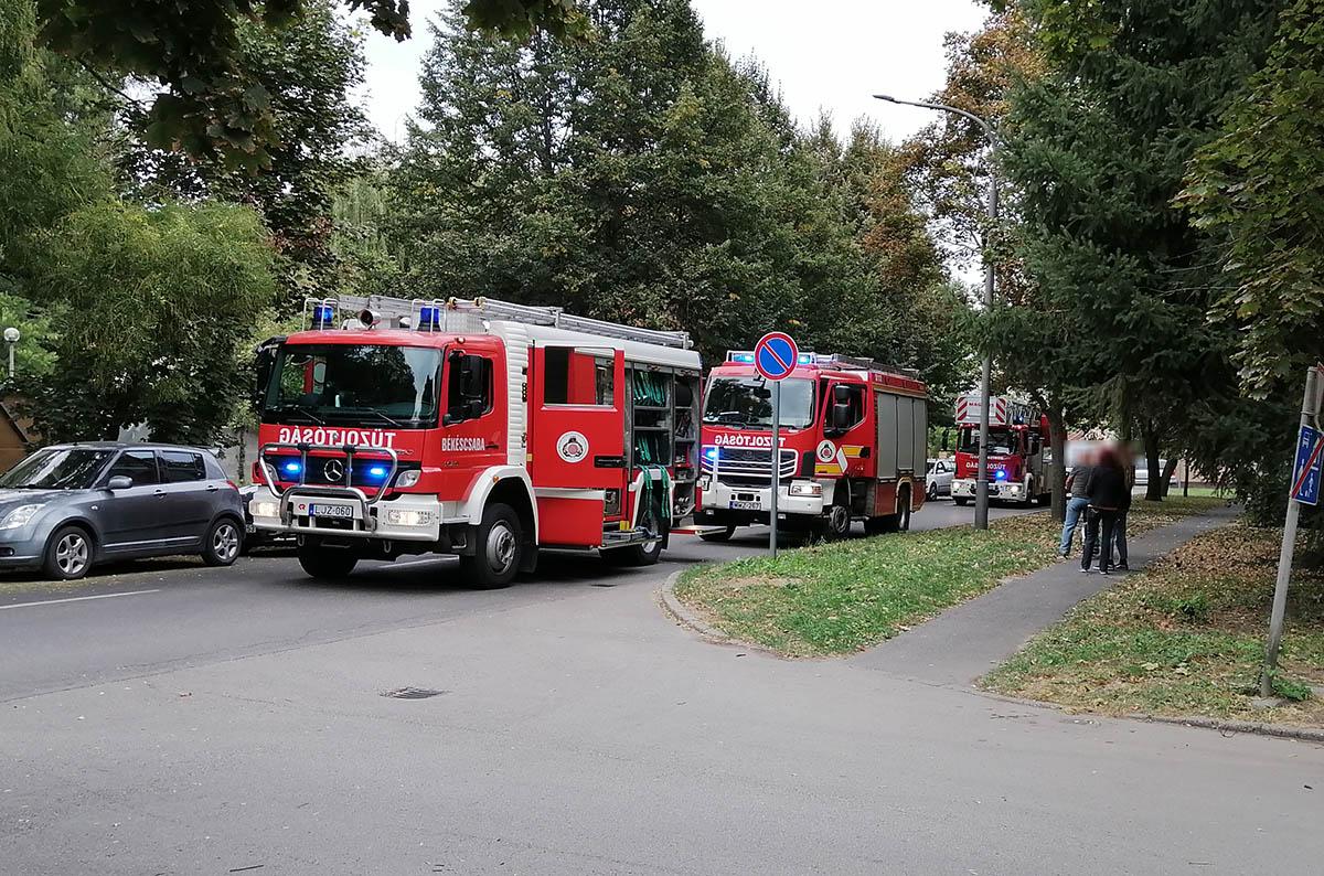 Tűzhelyen felejtett étel miatt riasztották a tűzoltókat Békéscsabán