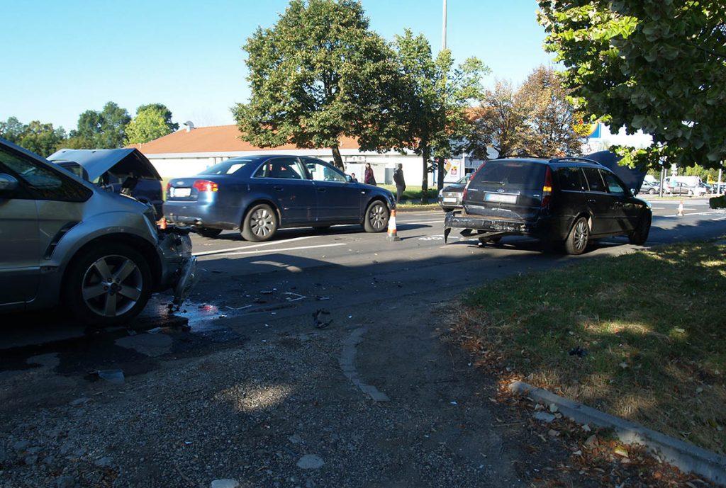 baleset Corvin utca Békéscsaba