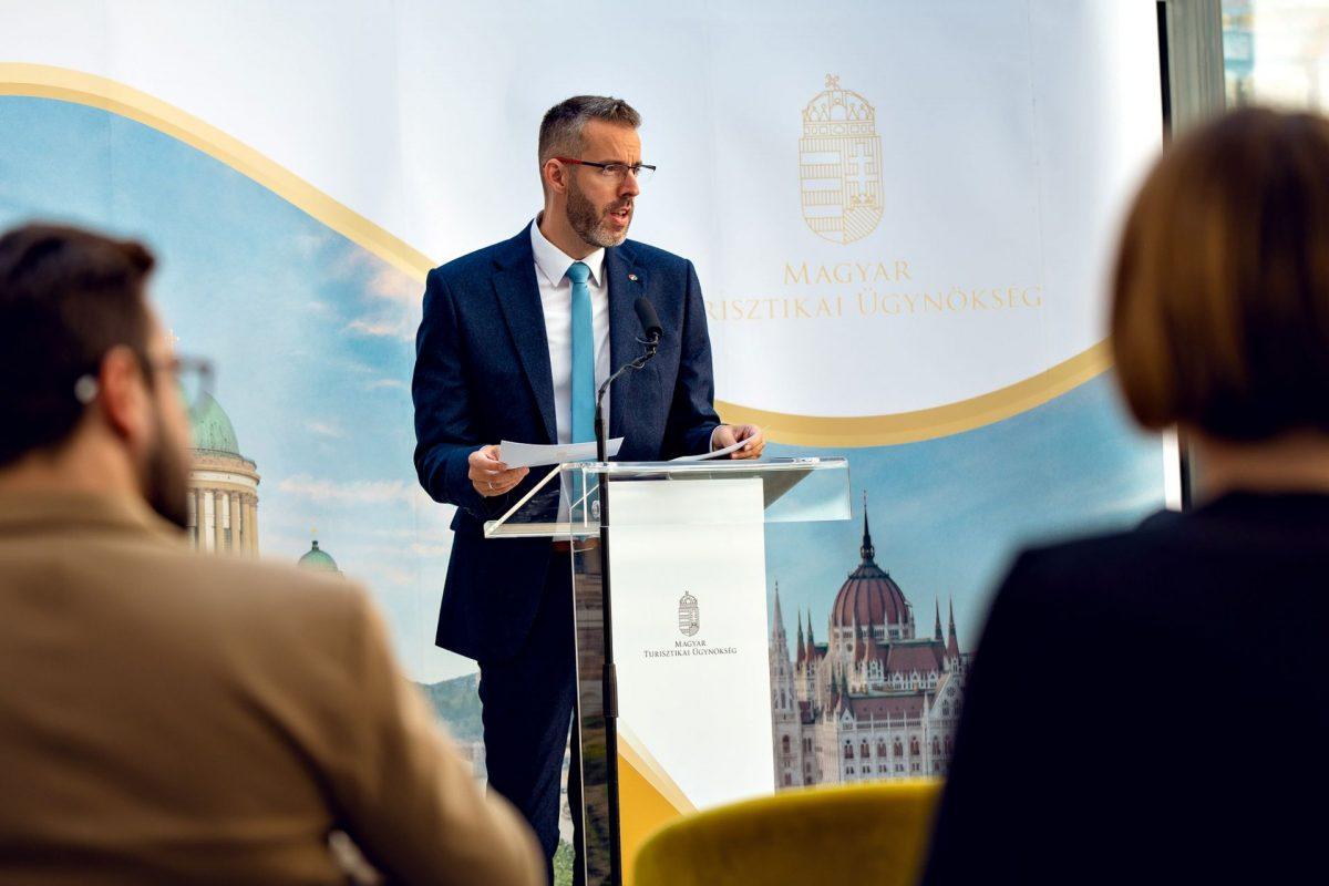 A jövő intézményrendszeréhez is új alapot teremt a 11 nevesített turisztikai térség