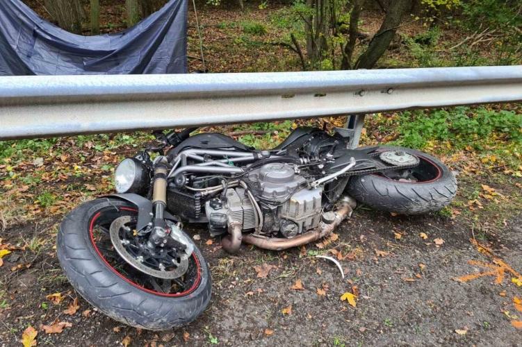 Halálos motorosbaleset történt Pilisszentkeresztnél