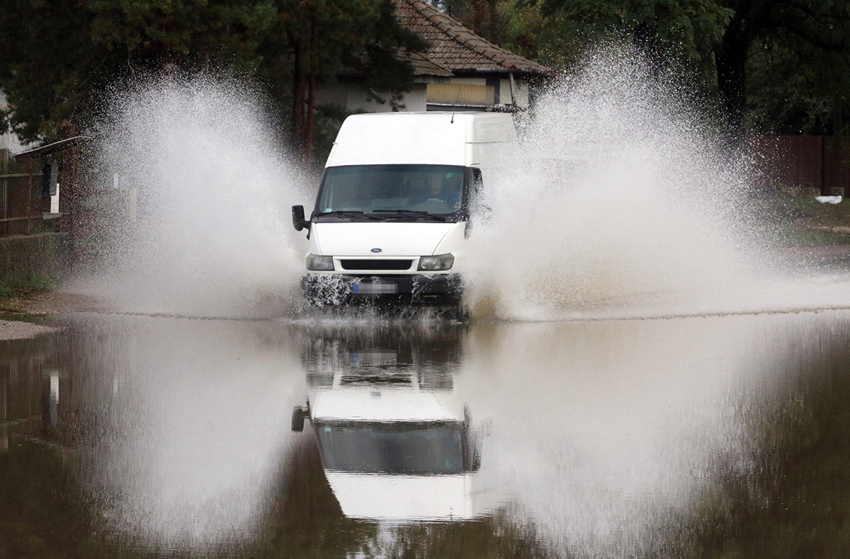 Továbbra is gondot okoz a közlekedésben a borsodi folyók áradása