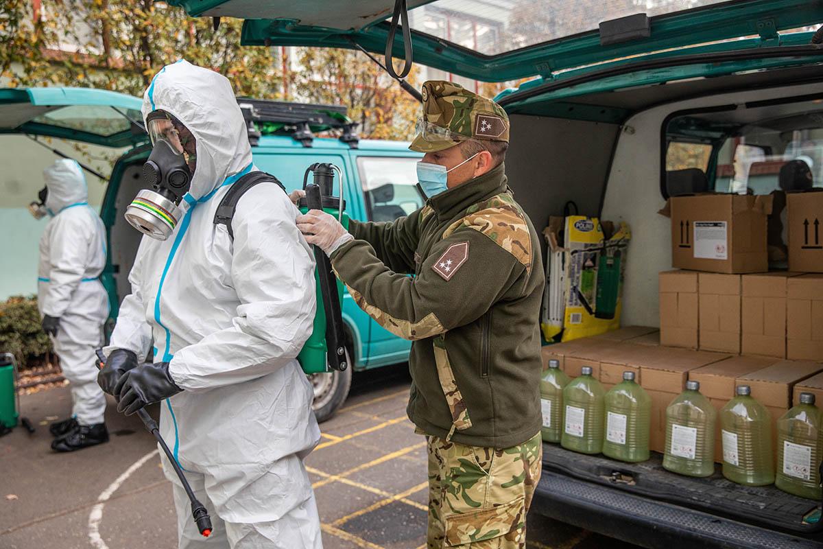 Országos tisztifőorvos: zajlanak az iskolákban a fertőtlenítő nagytakarítások