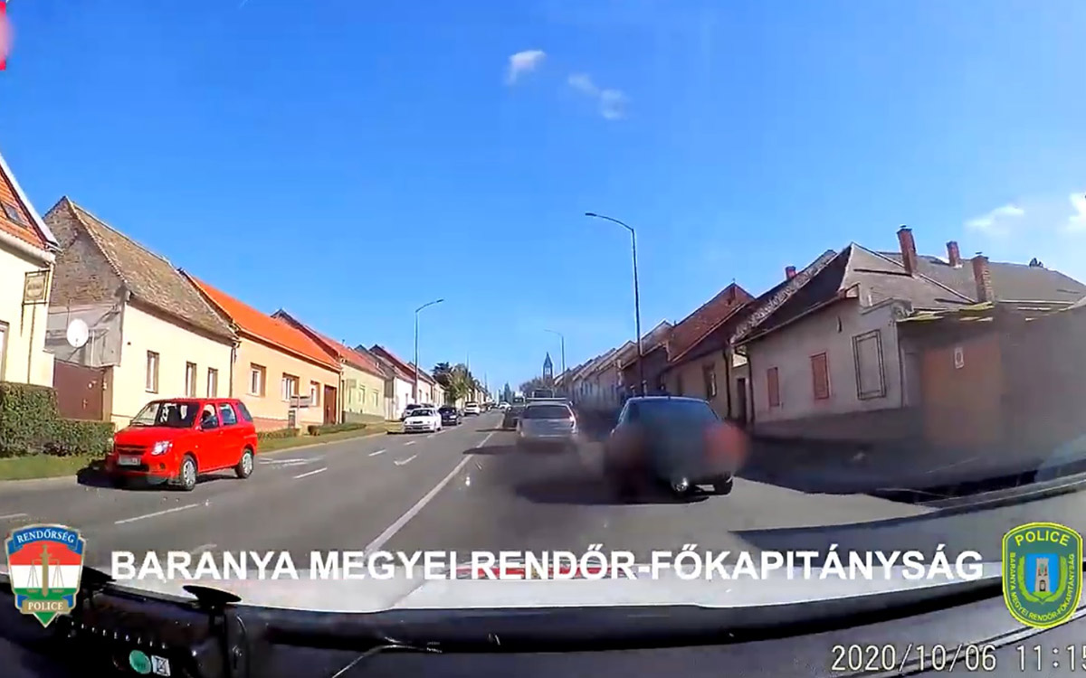 Autós üldözés Pécs utcáin – VIDEÓ