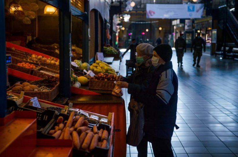 bevásárlás, koronavírus, idősek idősávja