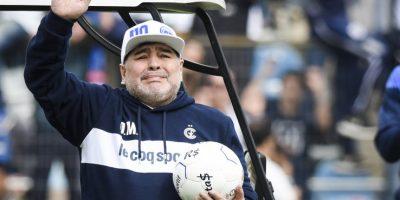 elhunyt Maradona