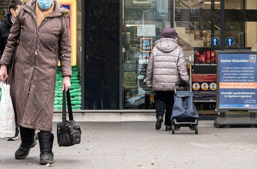 koronavírus, idősek idősávlya, szabályok, bolt, vásárlás