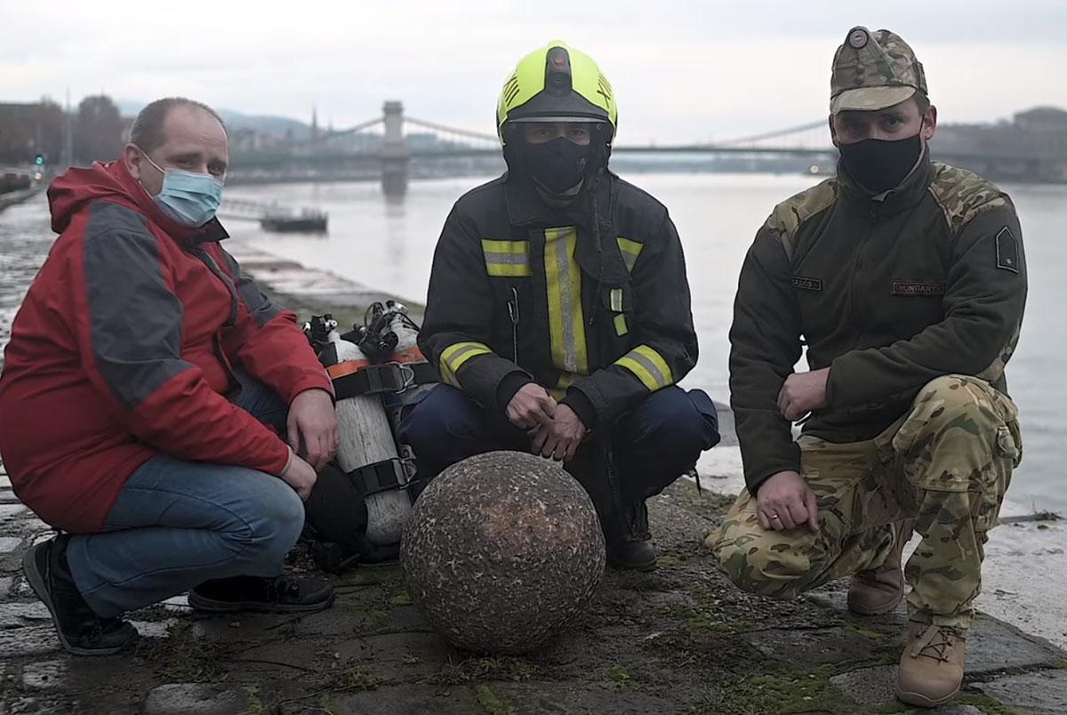 Török kori ágyúgolyót találtak a Dunában