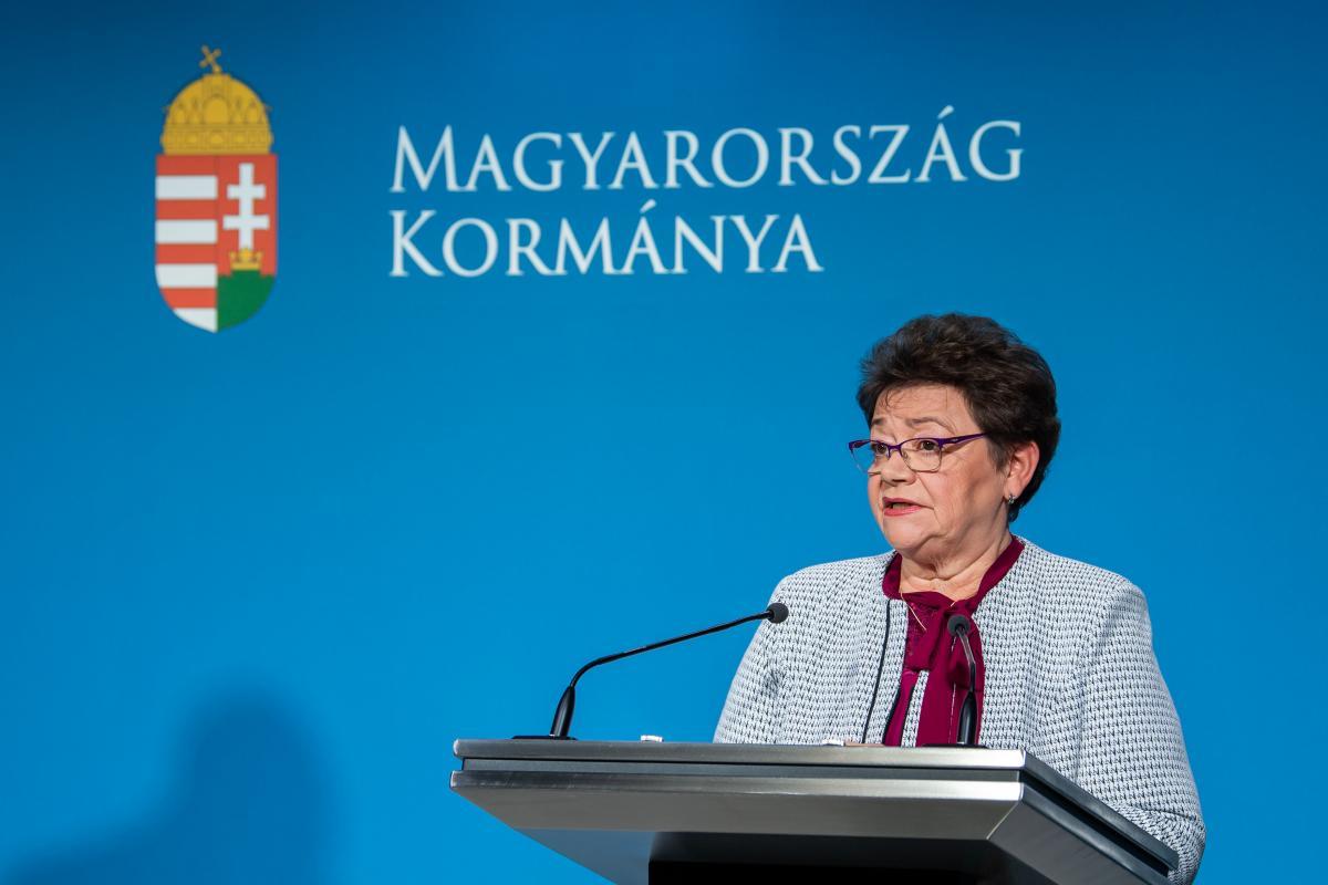 Országos tisztifőorvos: fennakadások várhatók az uniós vakcinaszállítmányokban