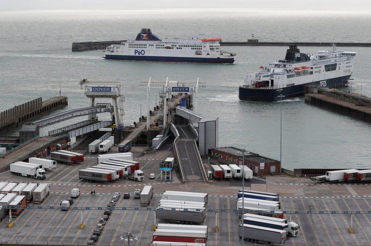 Kiürült a délkelet-angliai kamionparkoló, kevés fertőzött volt a kamionosok között