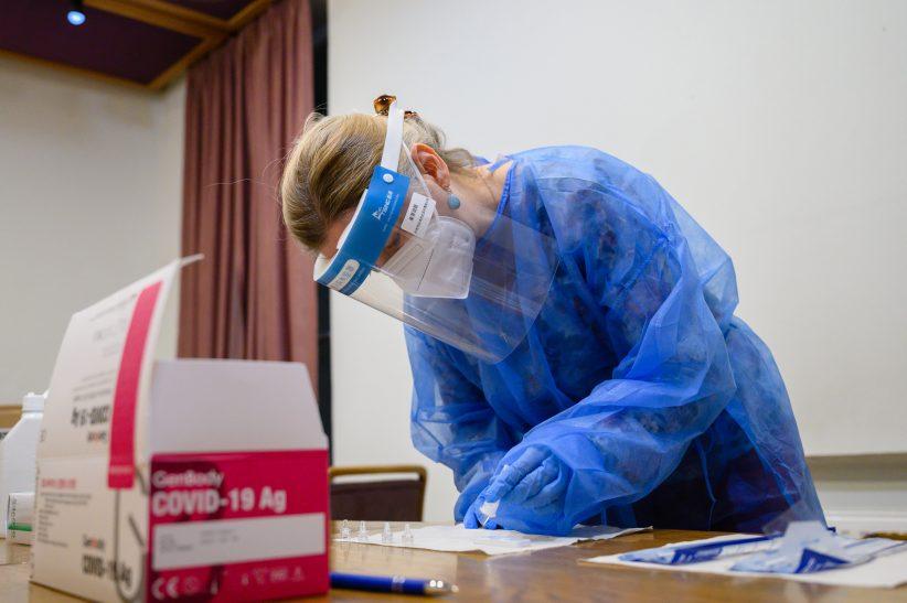 fertőzöttek, Romániában
