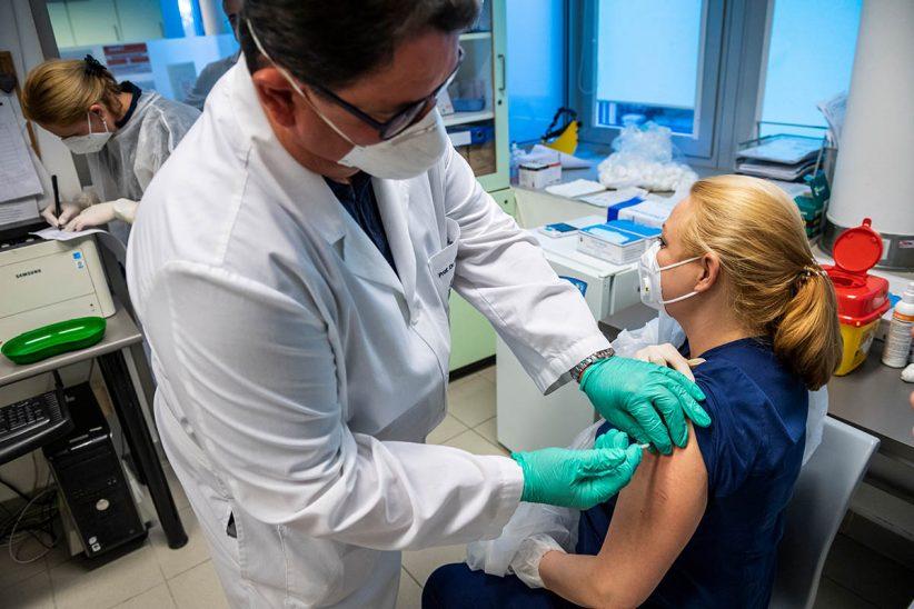 fertőzöttek, Koronavírus, vakcina, Budapest, oltás