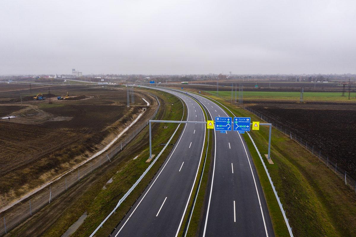 Szeptember végéig lezárják az M44-es gyorsforgalmi út egyik szakaszát