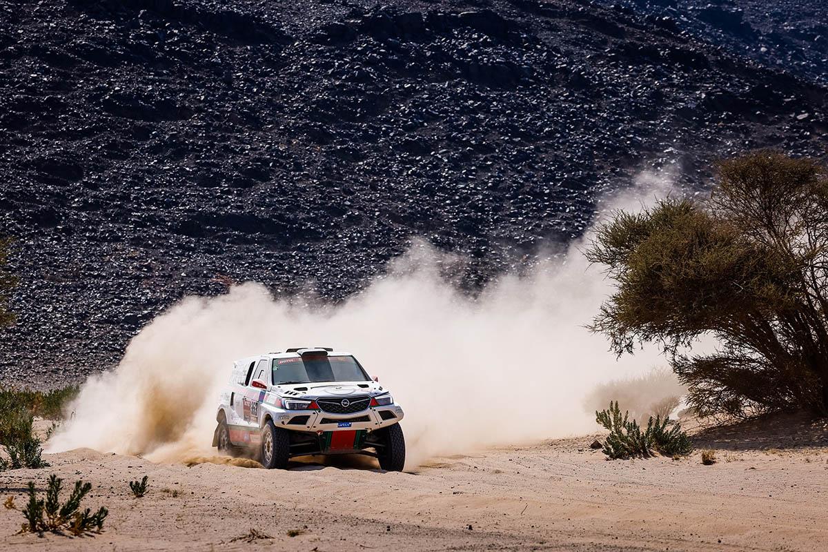 Gyors, trükkös szakasszal folytatódott a 2021-es Dakar