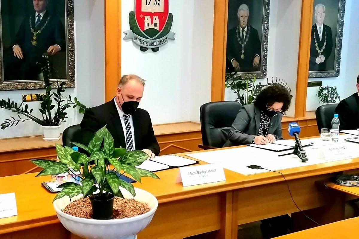 Együttműködési megállapodást kötött a Miskolci Egyetemmel a Békéscsabai Szakképzési Centrum