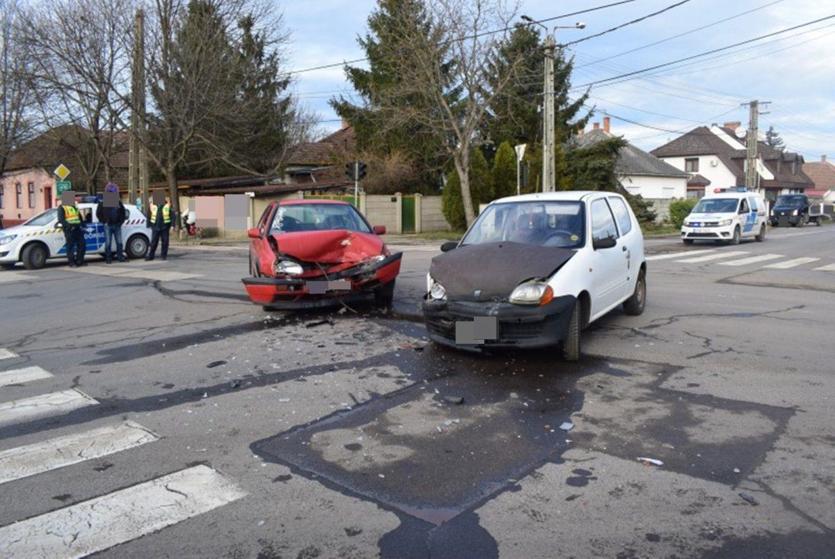 Békésen két balesetnél helyszíneltek