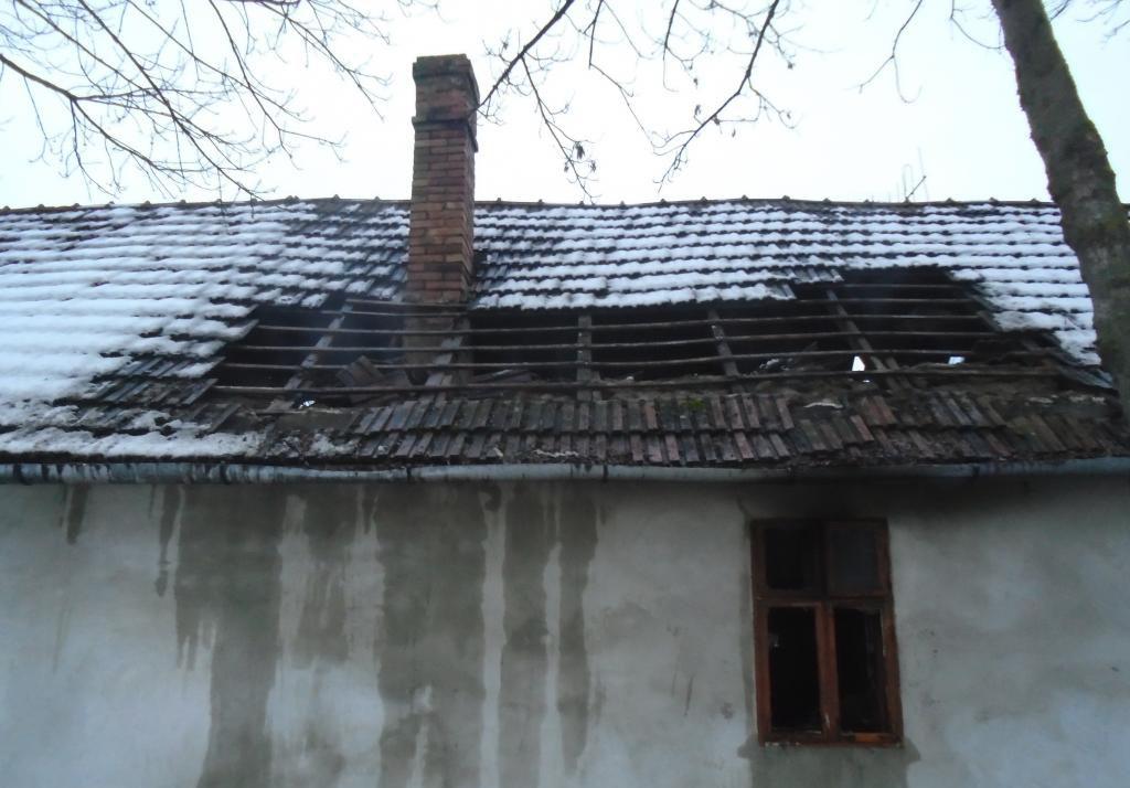 Rokonok fogadták be azt az idős férfit, akinek a háza lakhatatlanná vált a tűz következtében
