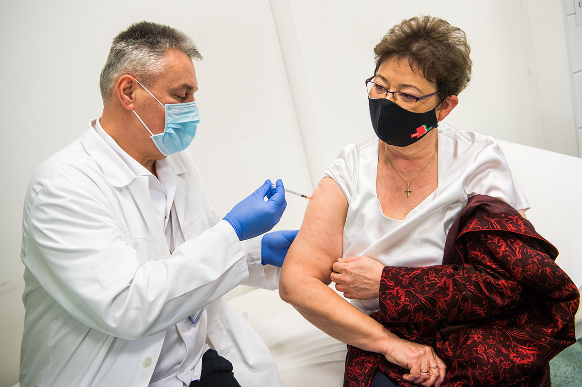 Országos tisztifőorvos: nőtt a bizalom a védőoltások iránt