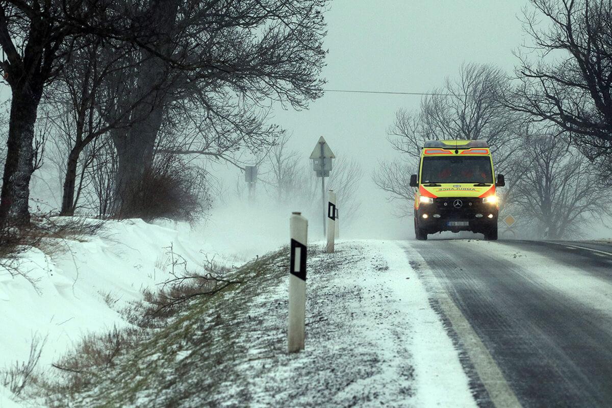Extrém hideg miatt a fél országra figyelmeztetéseket adtak ki szombatra