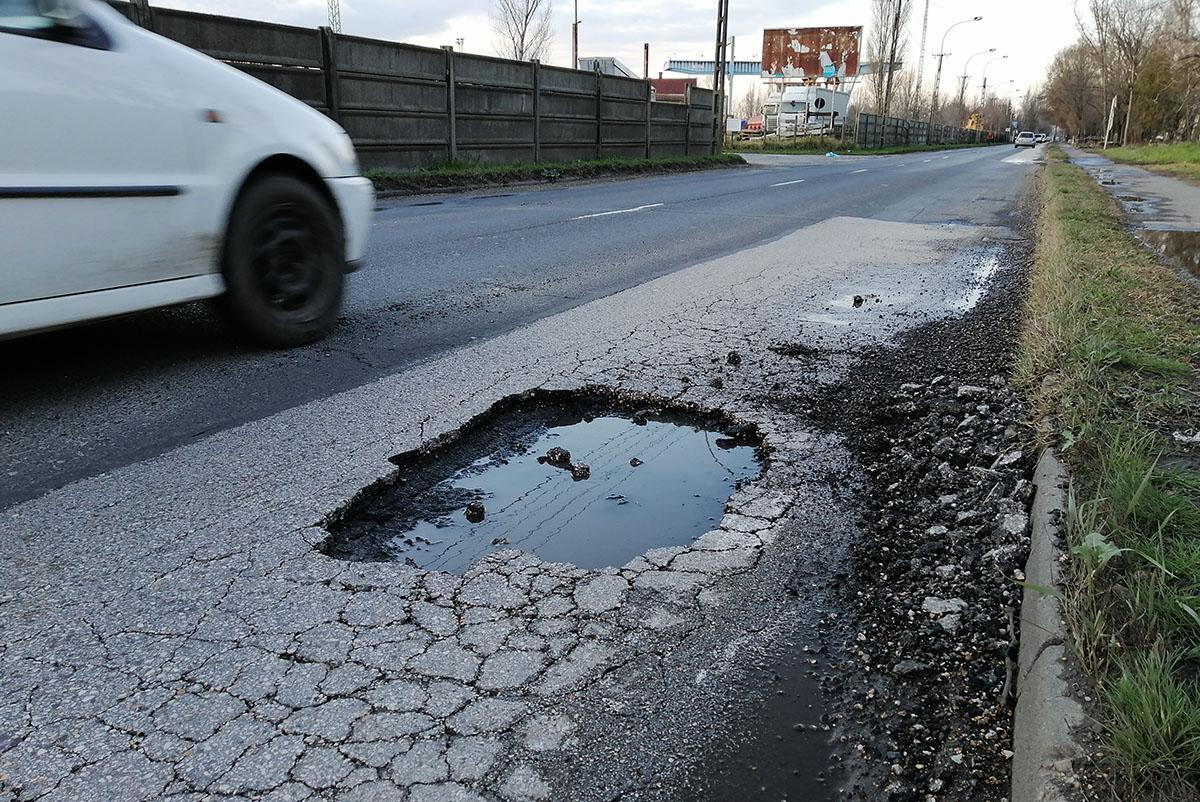 Burkolatjavítás miatt forgalomkorlátozás lesz Békés megye több pontján