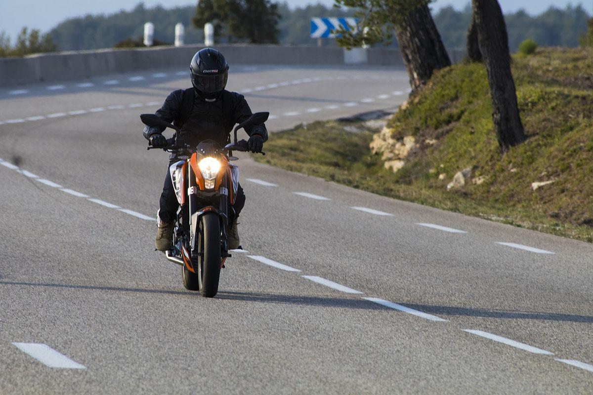 Március 1-től változik a motoros képzés és a vizsgáztatás