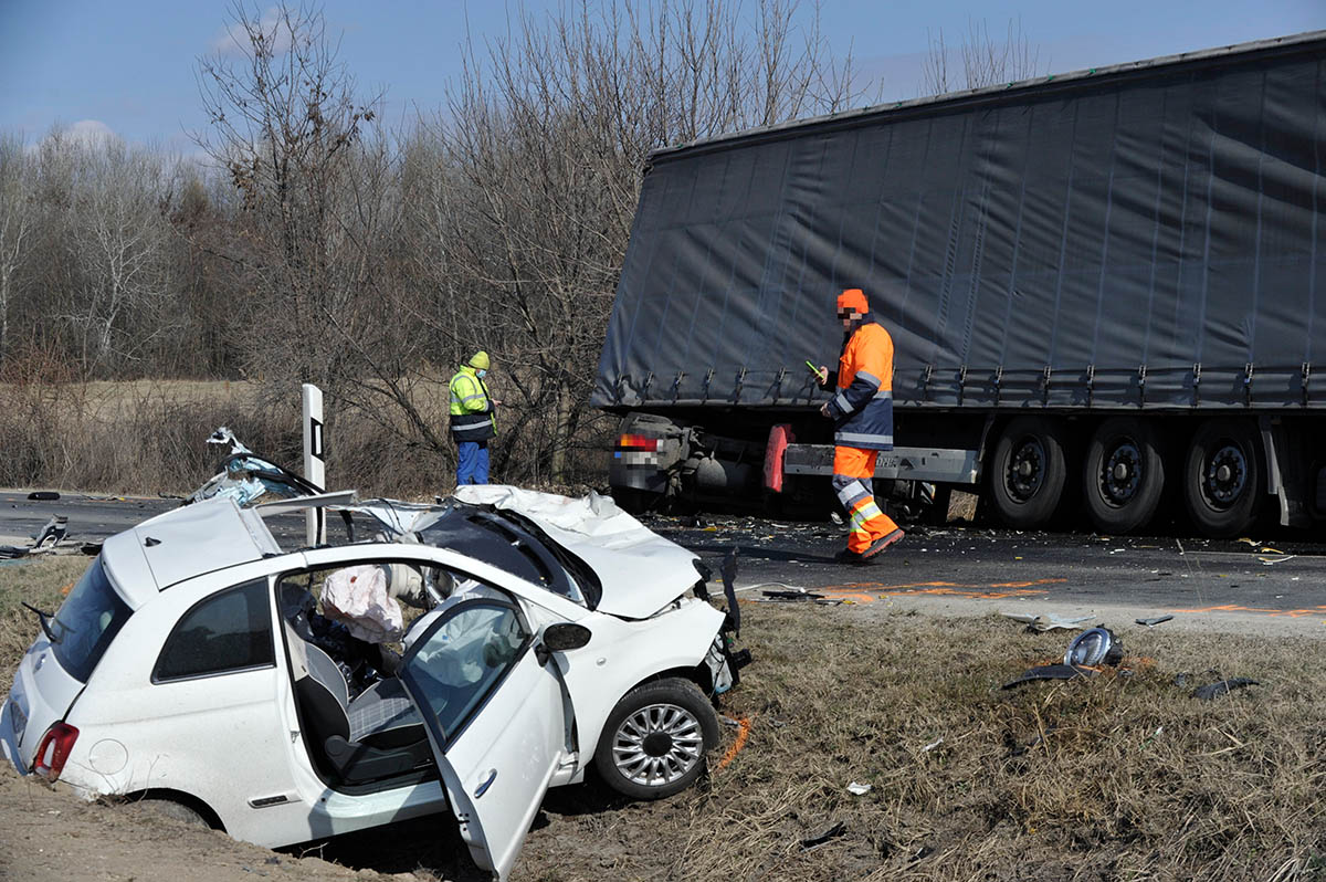 Halálos baleset történt Ecser közelében