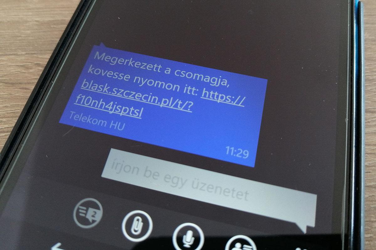 csaló SMS, csomagküldő
