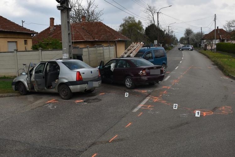 Két közlekedési balesetben négyen sérültek meg a megyében