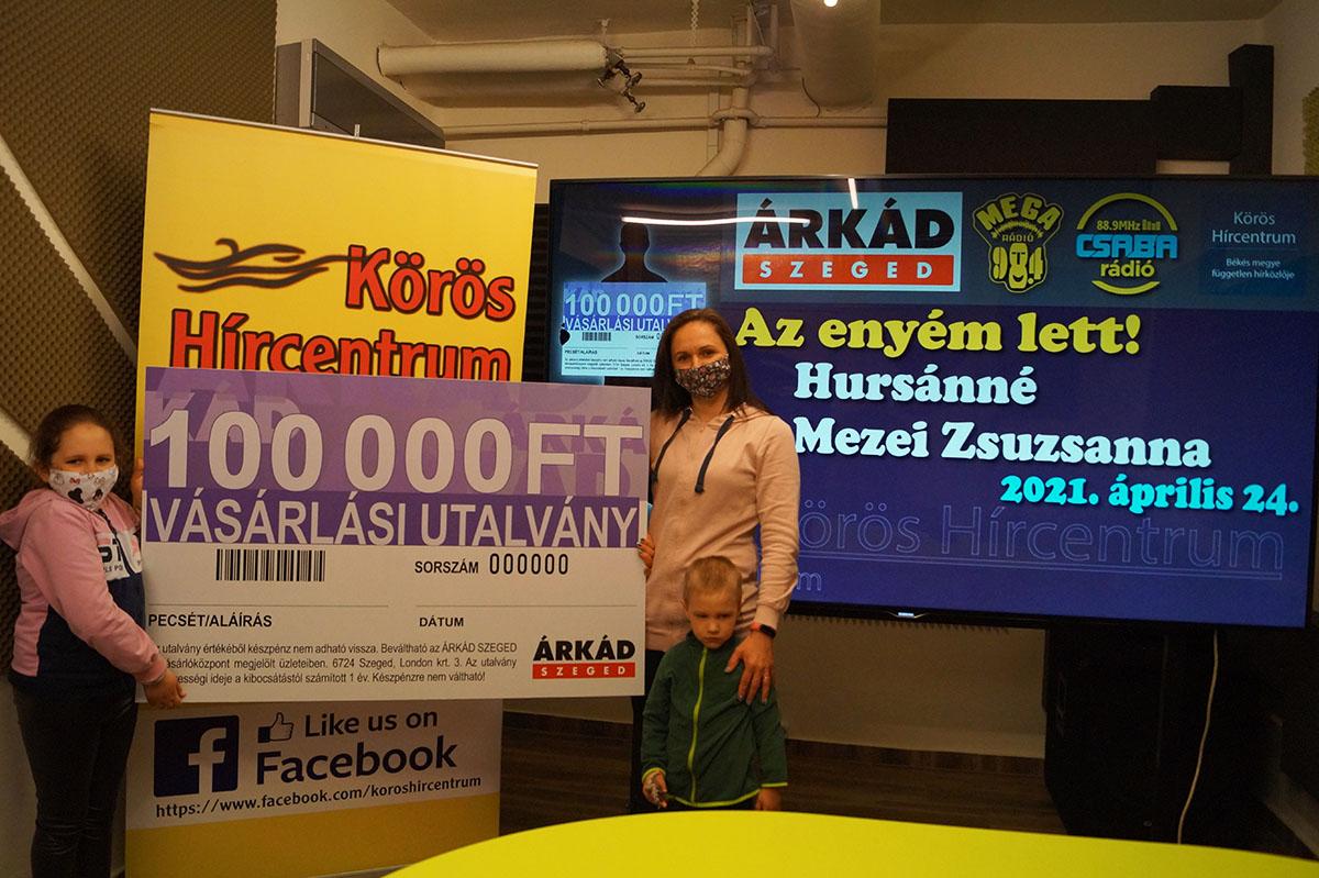 Átadtuk az Árkád Szeged 100.000 forint értékű vásárlási utalványát!