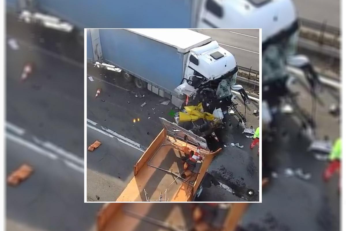 Munkaterületre csapódott be egy jármű az M1-es autópályán