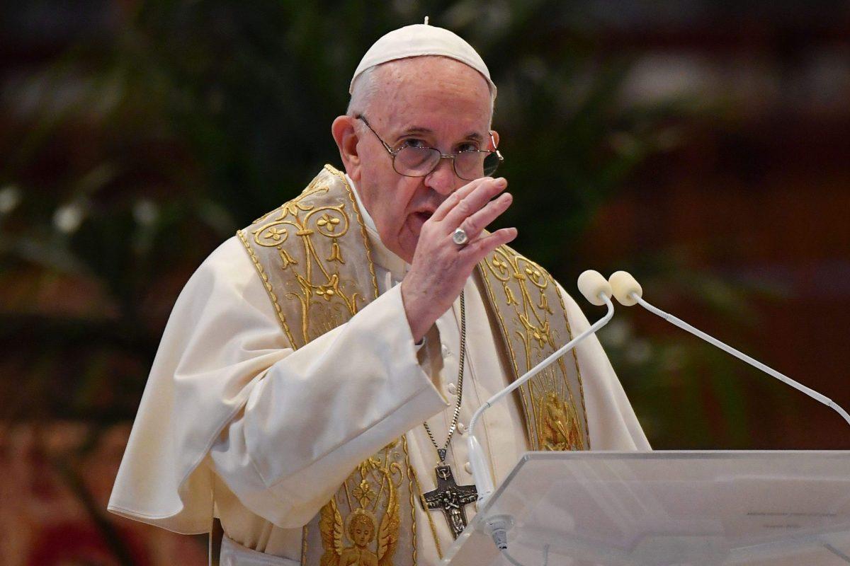 Ferenc pápa elítélte a fegyveres konfliktusokat, és méltányos vakcinaelosztást kért