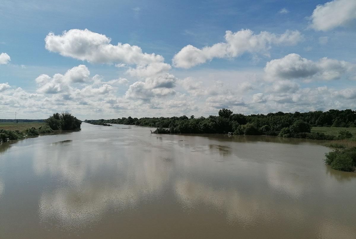 Továbbra is I. fokú árvízvédelmi készültség van érvényben a Kettős-Körösön