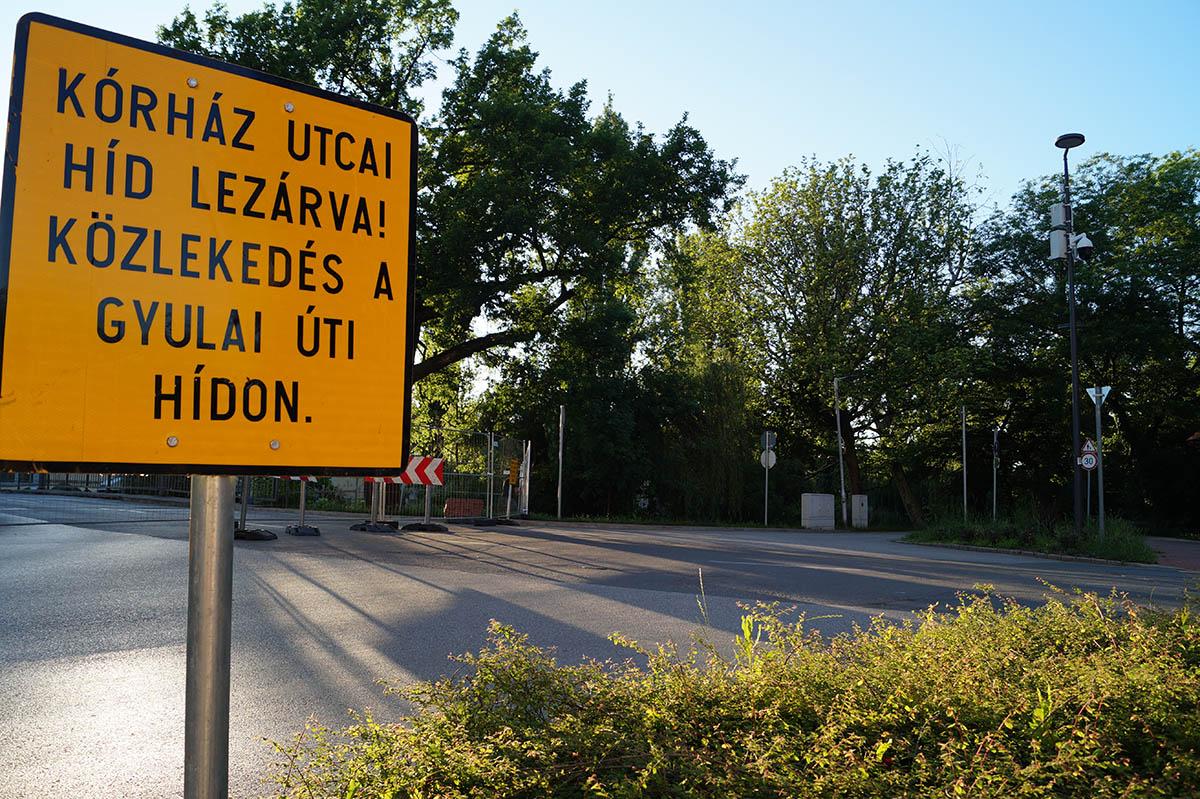 Felújítás miatt lezárták a Kórház és a Kiss Ernő utcai hidat