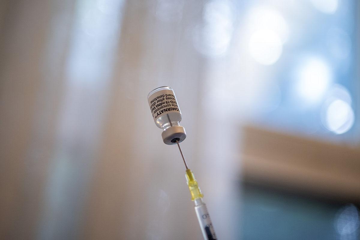 Már több mint hárommillió vakcinát szállított Magyarországra a Pfizer